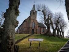Eeuwenoud kerkje in Heelsum mogelijk voor één euro van de hand