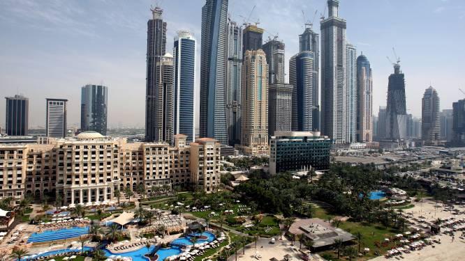Appartement van 1,5 miljoen, dikke auto's, feestjes met prostituees: zo leven drugsboeren in Dubai (tot ze gepakt worden)
