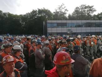 """Arbeiders ArcelorMittal verwerpen ontwerp-CAO: """"Nieuwe stakingsaanzegging volgt"""""""
