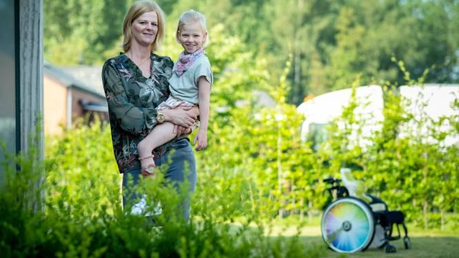 """Ouders richten vzw op om geld in te zamelen voor levenslange revalidatie van dochter (6): """"Marthe lijdt aan hersenverlamming. De zorg is onbetaalbaar"""""""