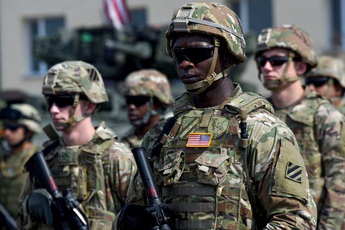 Amerikaanse militairen bij de openingsceremonie.