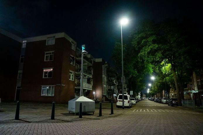 In de wijk Feijenoord zijn onlangs meerdere mobiele camera's neergezet.