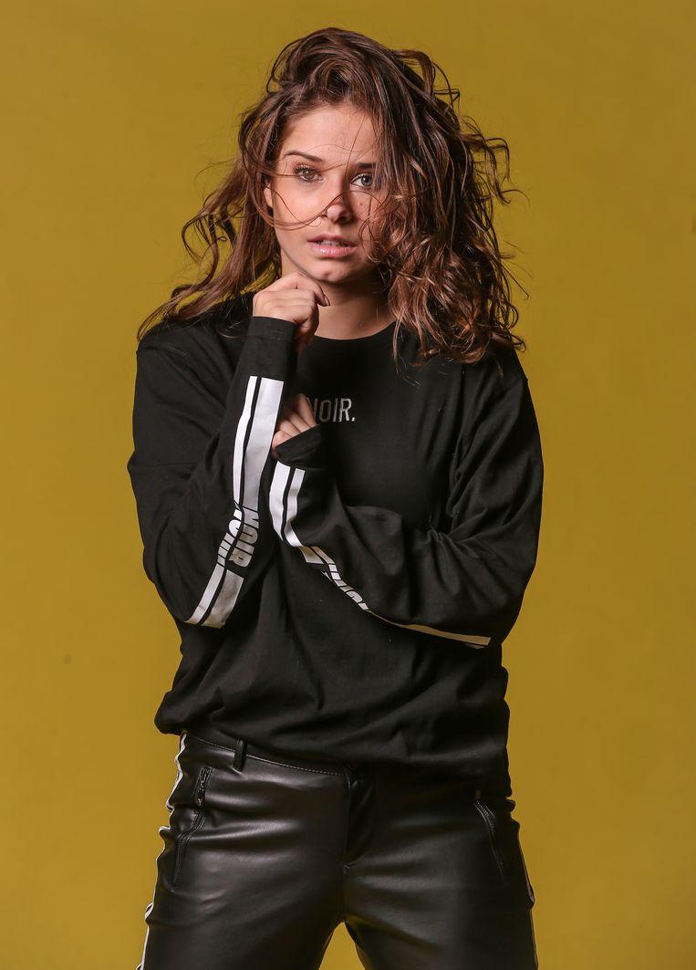 Laura Tesoro Brengt Deze Week Nog Nieuwe Muziek Uit Muziek