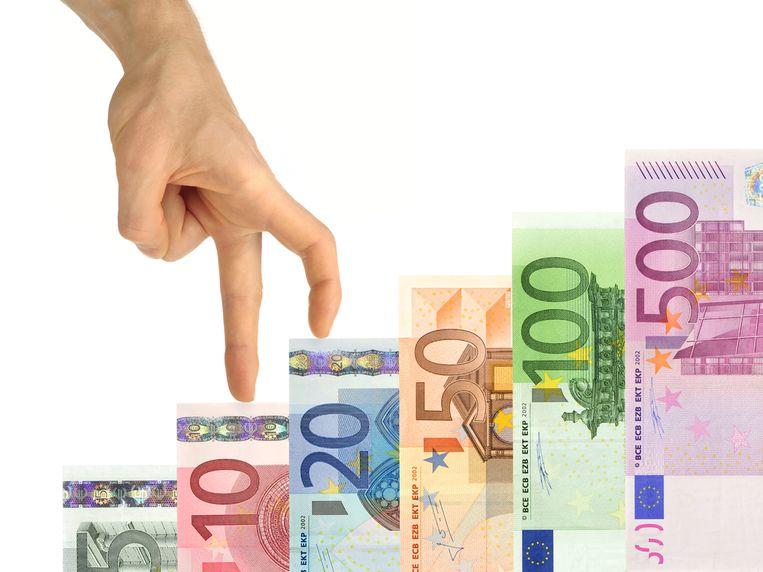 Werkt u in de hoofdstad, dan mag u rekenen op gemiddeld 3.972 euro bruto per maand, ruim boven het Belgische gemiddelde van 3.445 euro. Beeld Shutterstock