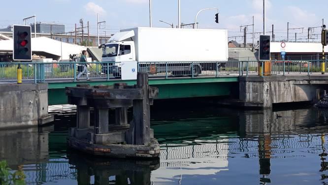 Beurtelings verkeer op Colomabrug