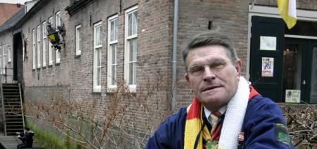 Karel de Rooij (81) overleden: altijd op zoek naar feiten en cijfers over Oeteldonk en het amateurvoetbal