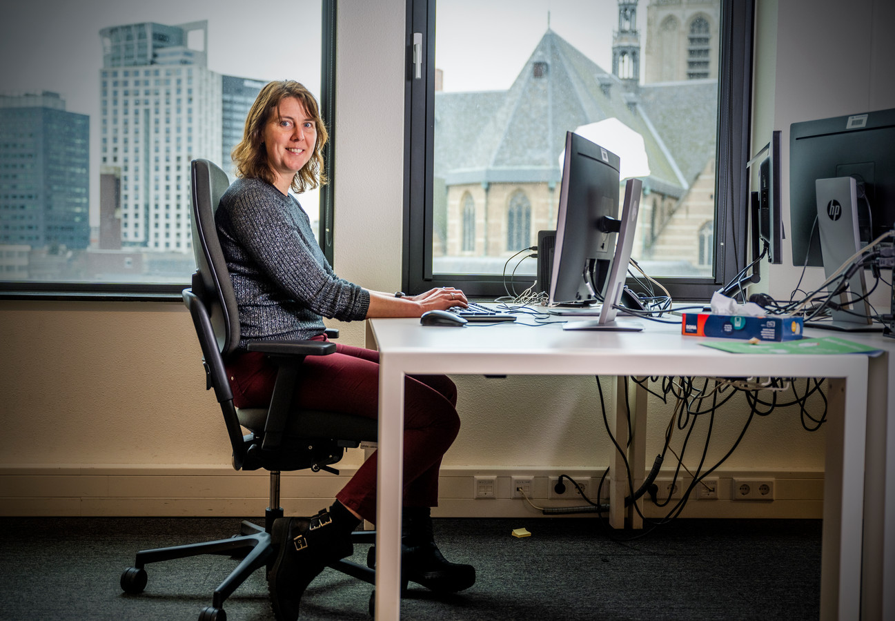 Marleen Over helpt ondernemers met vragen in Drechtsteden, sinds januari is het speciale loket open.