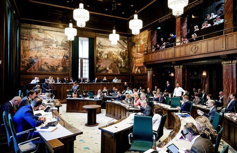 Een vergadering in de Rotterdamse gemeenteraad. Beeld ANP