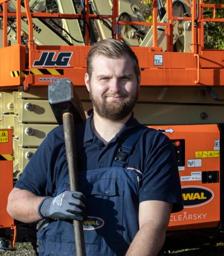 Wesley (25) repareert hoogwerkers: 'Testen op 65 meter hoog hoort er ook bij'