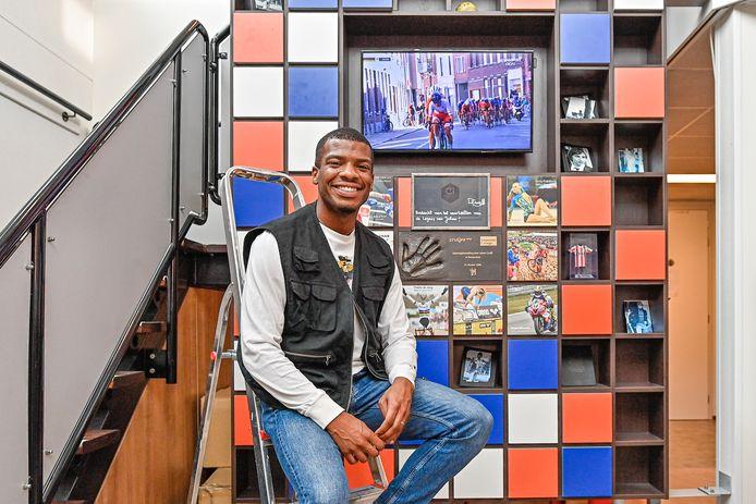 Ramsey Angela is de eerste student van het Johan Cruyff College Roosendaal die op de Olympische Spelen een medaille wint. Hij krijgt plaatsje aan de Wall of Fame.