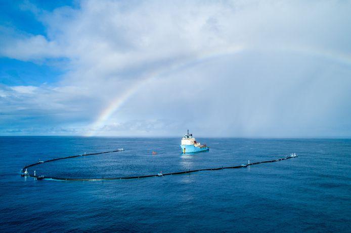 Wilson, het eerste systeem dat The Ocean Cleanup gebruikte om plastic uit de oceaan te vissen.