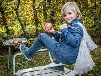 Bas (10) schrijft bezorgde brief naar Colruyt over gebruik van plastic. Nu mag hij met klas op bezoek in de supermarkt en meer ideetjes geven