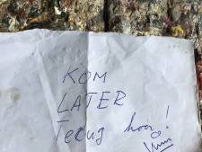 Wildvreemde snoeit heg van Marjo (80) en laat briefje achter: 'Ik kom later terug hoor'