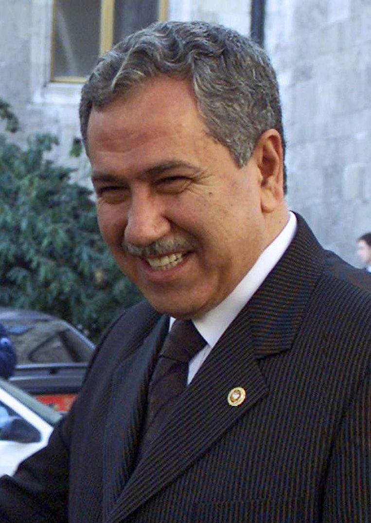 Bülent Arinc verklaarde vandaag dat de herkomst van het geld van de onderwijsstichting van Bilal Erdogan onbekend is. Beeld epa
