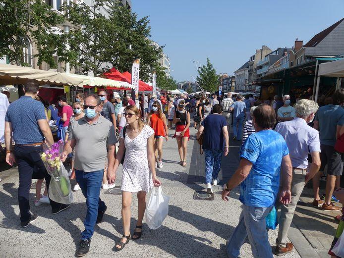 Ook op de Markt zelf was er veel volk.
