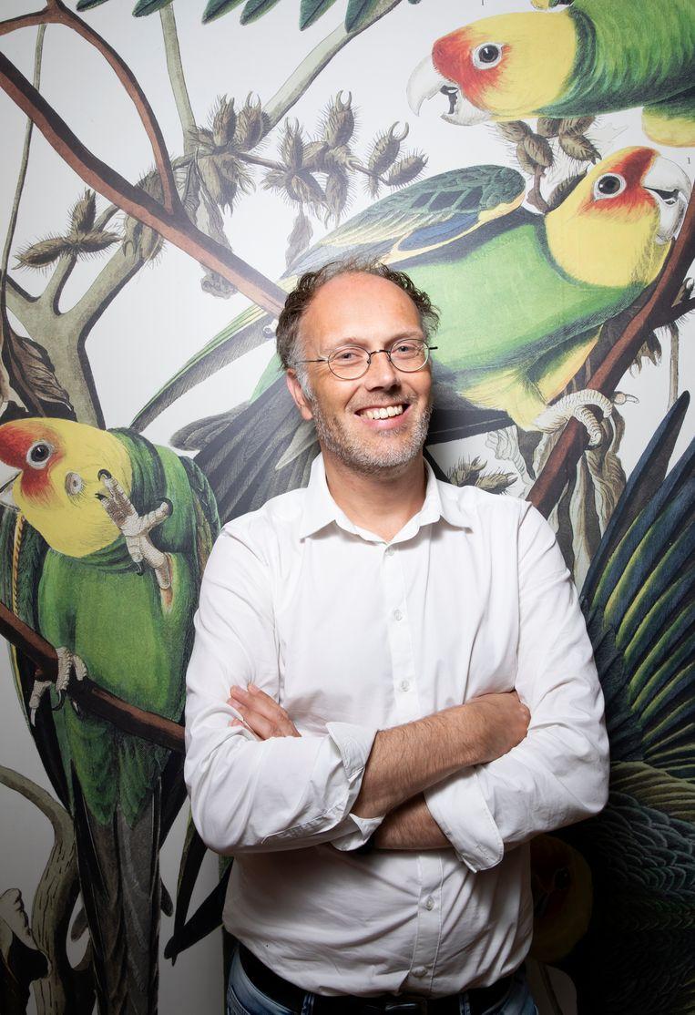 Vogeltekenaar Elwin van der Kolk. Beeld Judith Jockel