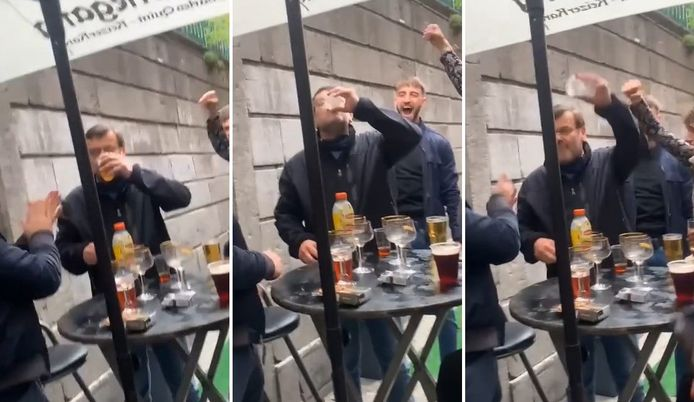Willy Demeyer a été aperçu en train d'affonner une bière dans le Carré, ce samedi 8 mai 2021 à l'occasion de la réouverture des terrasses.