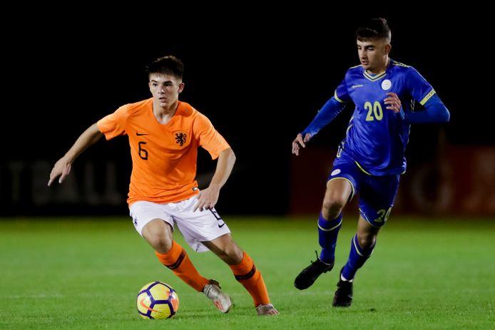 Gabi Caschili speelde in de Verenigde Staten twee keer mee met Oranje O17.