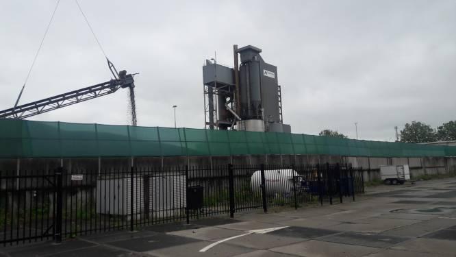 Asfaltnu mag niet langer teveel gevaarlijke stoffen uitstoten: Den Bosch kan vanaf eind dit jaar fikse boete opleggen
