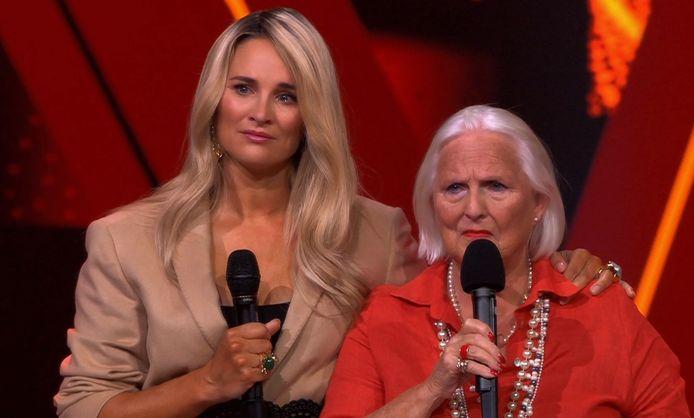 Lieke van Lexmond had de tranen in haar ogen na het optreden van Dorine.