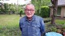 Gerrit Verkuil, enkele jaren geleden in zijn achtertuin in Alem. Tegenwoordig woont hij samen met zijn vrouw in Kerkdriel.