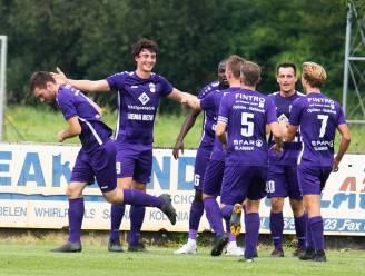 """VC Houtem-Oplinter pakt zes op zes na 0-1-zege in streektreffen tegen SC Aarschot. Coach Kevin Celis: """"Over-mijn-lijk-mentaliteit getoond"""""""
