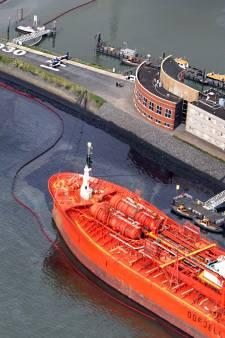 Olieramp maar deels vergoed, Havenbedrijf krijgt rekening