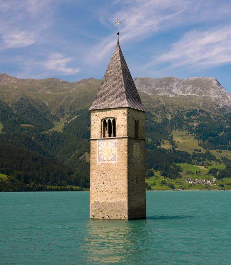 'Verzonken' dorp herrijst na tientallen jaren uit Italiaans meer, bekend van Netflix