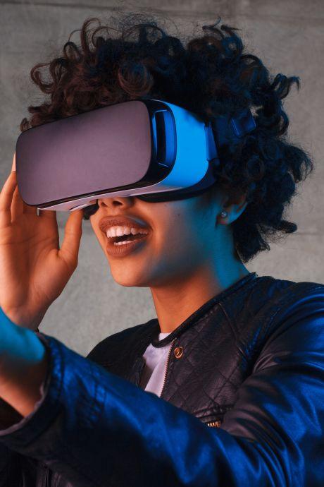 Dansschool en theater willen met voorstelling geld inzamelen om VR-brillen te kopen voor zieke kinderen