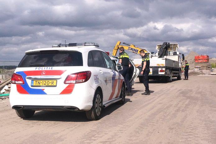 Een man wordt aangehouden op een bouwterrein in Bunschoten omdat jij zicht verdacht gedroeg.