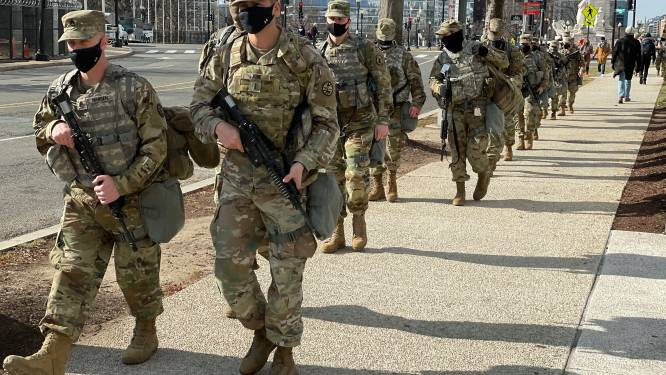 Troepen Nationale Garde Washington DC sliepen in ondergrondse parkeergarage, politici boos