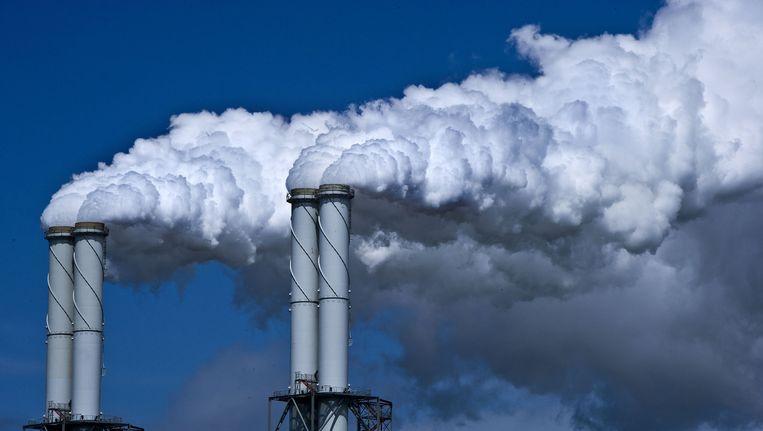Volgens milieudeskundige Jan Paul van Soest moet Nederland na 'Parijs' nadenken over de toekomst van de elf kolencentrales. Beeld anp