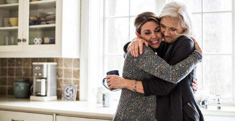 Nieuw advies luidt: 'Geen maatregelen meer als gevaccineerden elkaar zien' Beeld Getty Images