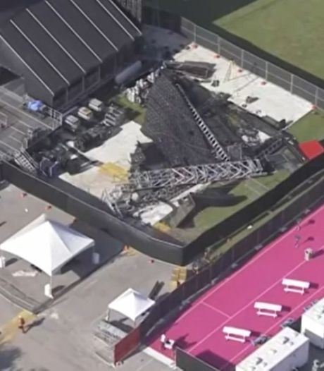 Un écran géant s'effondre avant le lancement d'un festival en Floride