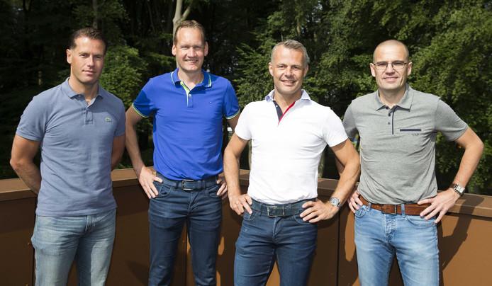Scheidsrechter Bjorn Kuipers (MR) poseert met videoscheidsrechter Danny Makkelie (L) en zijn vaste assistenten Sander van Roekel (R) en Erwin Zeinstra in aanloop naar het WK 2018 in Rusland