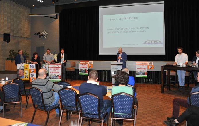 Verkiezingdebat in Den Tref in Hapert.