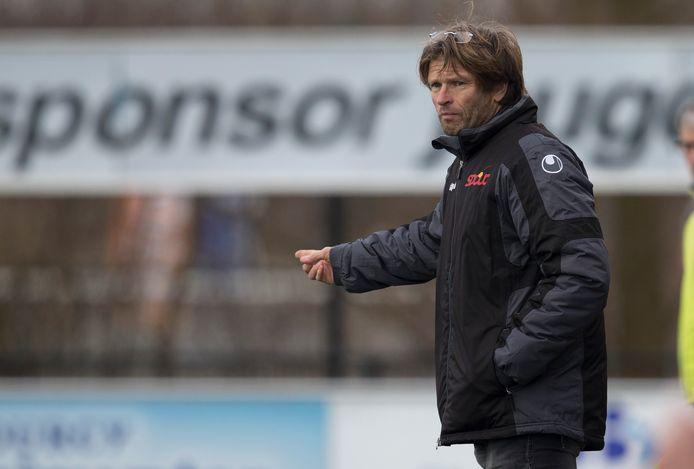 Jan Vreman traint ook volgend seizoen SDOUC.