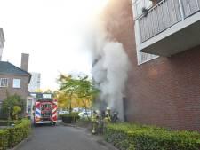 Veel rookontwikkeling door brand in huisvuilcontainer in Breda