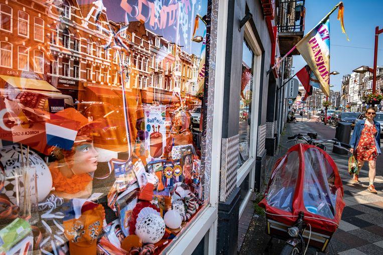 In Amsterdam is minder oranje op straat te zien dan gewoonlijk tijdens een EK. Beeld Joris van Gennip