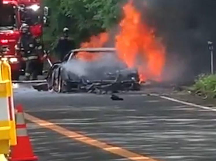 Legendarische Ferrari F40 gaat volledig in vlammen op