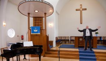 De internationale Schotse kerk in Rotterdam is 'vrolijk gereformeerd'