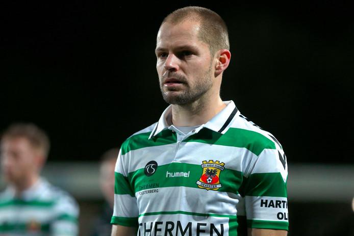 Istvan Bakx in actie met Go Ahead Eagles bij Jong PSV. De Deventerse formatie verloor met liefst 5-1.