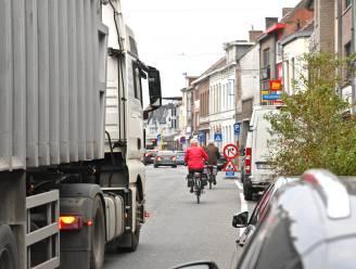 Totale transformatie voor Ardooisesteenweg: eenrichtingsverkeer, zone 30, fietsstraat en meer groen