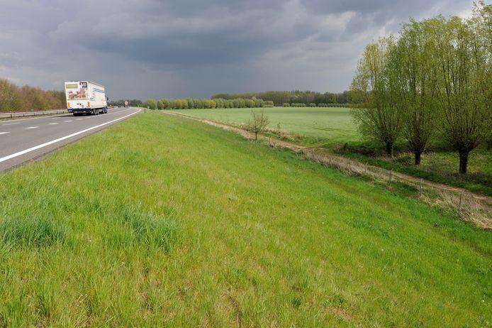 De A348 bij De Steeg.