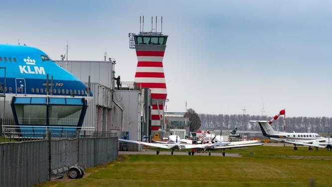 Actiegroepen tegen Lelystad Airport: 'Overheid wil slinks 45.000 vliegbewegingen regelen'