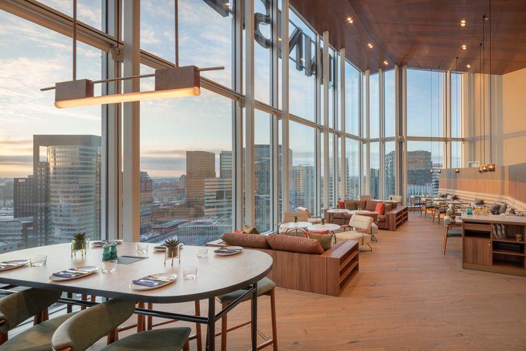 De skybar op fe twintigste verdieping van  Hotel Innside by Melia aan de Zuidas Beeld Melia