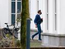 Minister Hugo de Jonge van Volksgezondheid, Welzijn en Sport (CDA) komt aan bij het Catshuis.