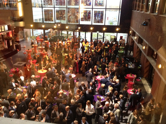Het atrium van Avans in Den Bosch werd bezocht door zo'n 650 ondernemers.