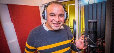 Hengeloër Filip Kook: van feesten organiseren met bekende volkszangers naar zelf zingen