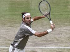 Federer met moeite langs Tsonga